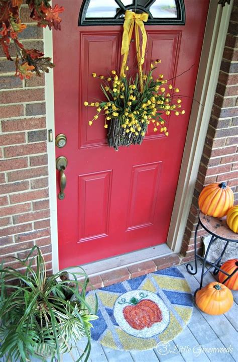 diy door decor 12 diy fall door decorations refresh restyle