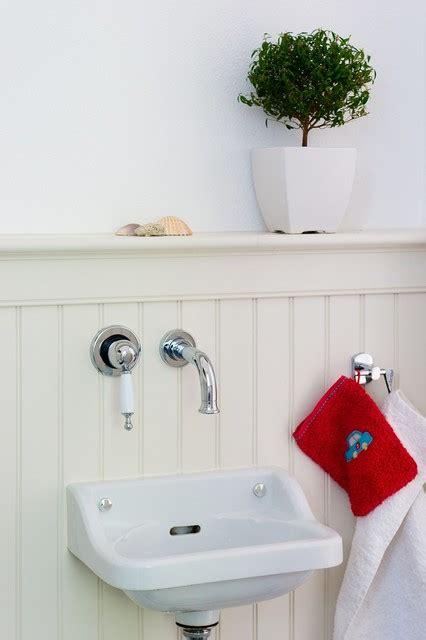 wandpaneele holz auch im badezimmer wandverkleidung skandinavisch stuttgart beadboard de