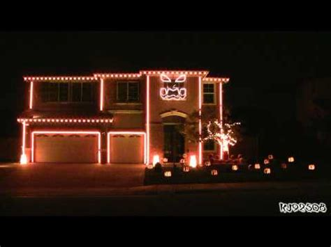 singing house lights up halloween again this year hackaday