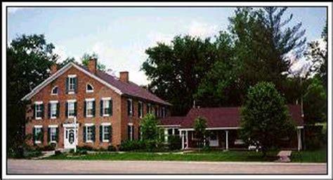 Iowa House Hotel - 4 iowa inns family rambling