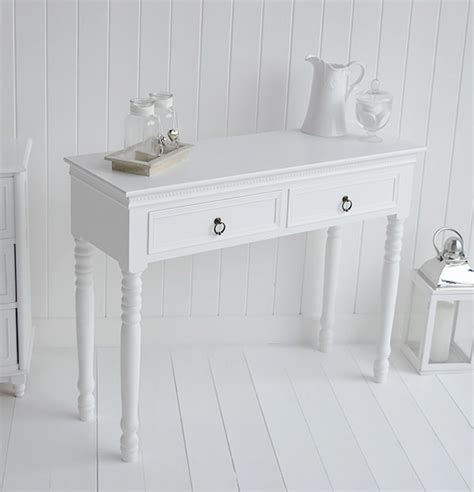 simple white dressing table  england bedroom