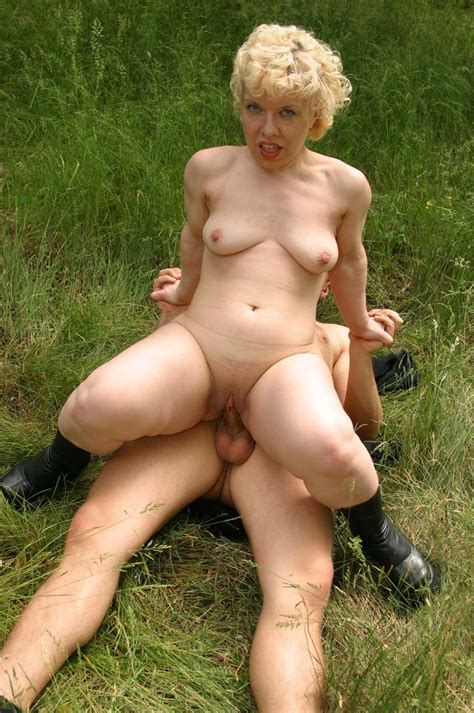 Mature Couple Outdoor Fuck004 Jpeg Porn Pic From Mature