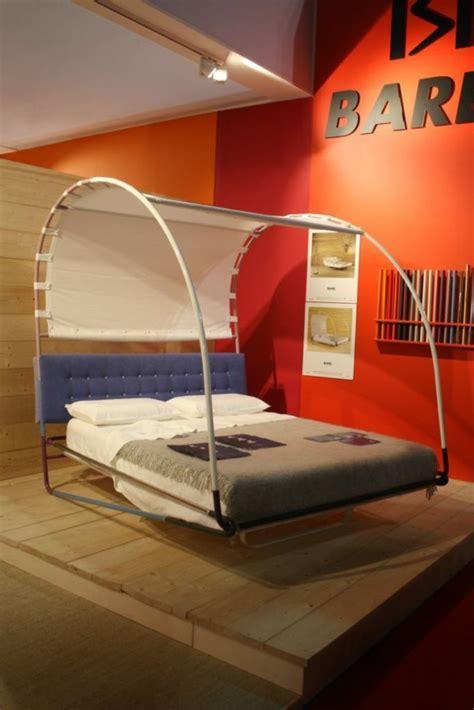 chambre baldaquin lit enfant original pour une chambre de fille et de garçon