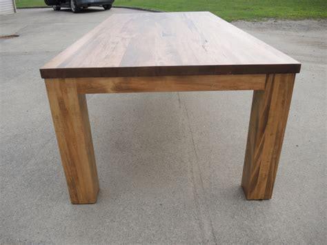 modele de table de cuisine en bois table de cuisine moderne en bois atelier meuble rustique