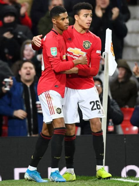 Manchester United vs West Brom Preview: How to Watch on TV ...