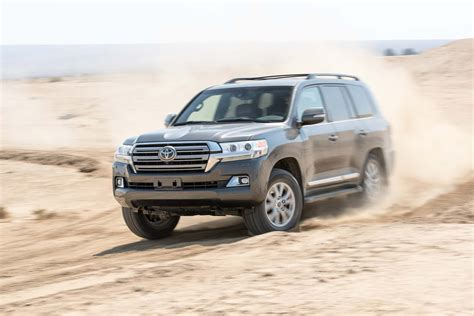 2017 Toyota Land Cruiser Reviews And Rating