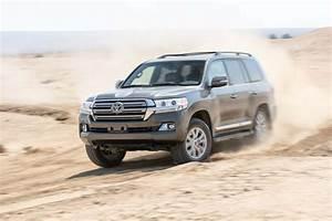 Toyota Land Cruiser 2017 : toyota land cruiser 2017 motor trend suv of the year contender motor trend ~ Medecine-chirurgie-esthetiques.com Avis de Voitures