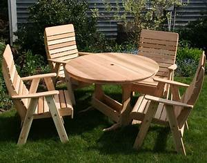 Small Round Outdoor Wooden Picnic Table With Umbrella Hole
