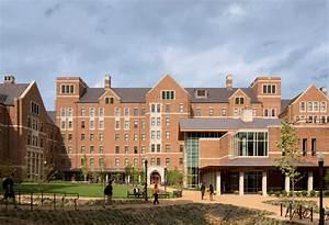Warren   Moore Residential Colleges