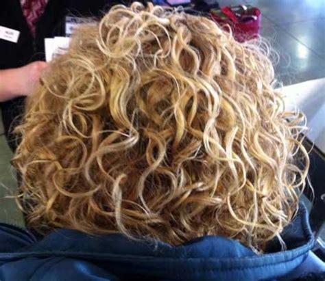 nuevas permanentes rizadas  el cabello largo peinados