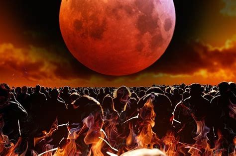 strawberry moon  rapture warning  biblical prophecy