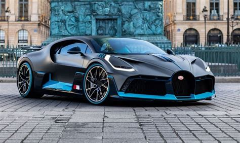 While both bugatti models look outrageous, it's not difficult to tell them apart: 2020 Bugatti Divo in Boca Raton, United States for sale (10701524)