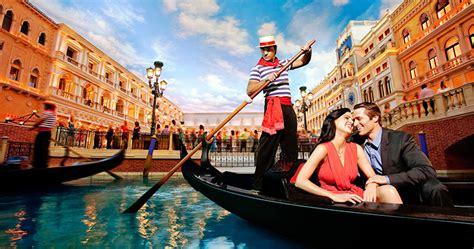 Gondola Boat Man by 澳门威尼斯人酒店贡多拉船票 出国去旅行网 出国去旅行网 出国去旅行网 出国去旅行网 出国去旅行网 出国去旅行网 出国