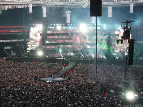 Time Is Running Out Testo by Given To Rock Live Report Muse Emirates Stadium