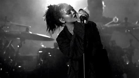 People Don't Understand The Lyrics Of Rihanna's New Single