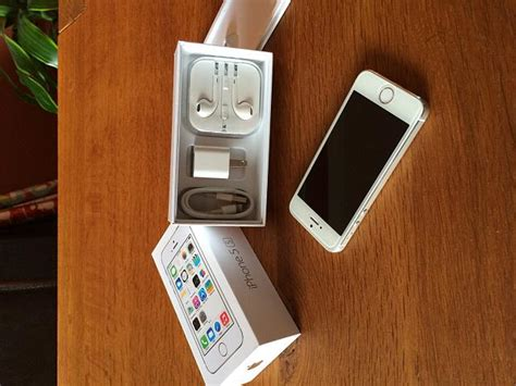 iphone insurance at t at t iphone 5s 64 gb white silver 10 10 condition