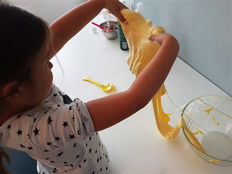 slime selber machen rezept fluffy slime selber machen mit rasierschaum anleitung