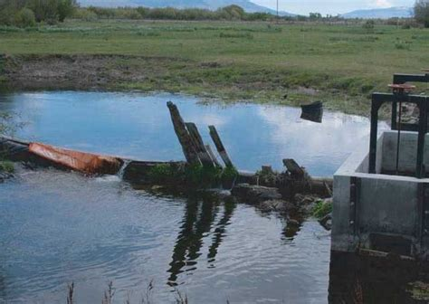 Restoring Streams To Benefit Salmon