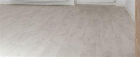 Laminate Flooring: Direction Laminate Flooring Bedroom