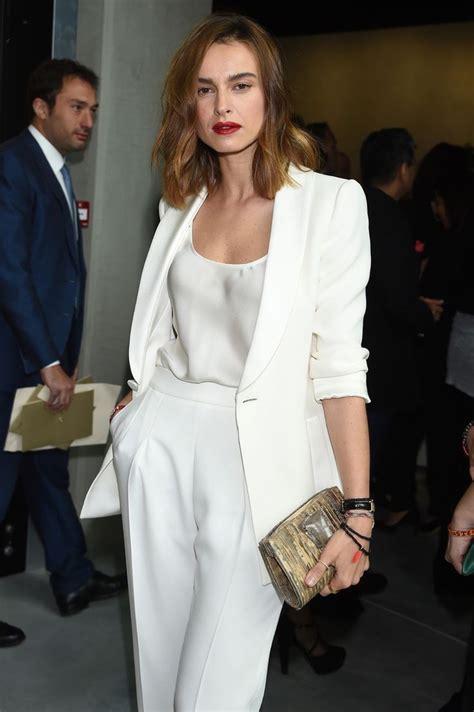 tailleur pantalon femme chic pour mariage blanc 1001 looks tendance en tailleur femme chic