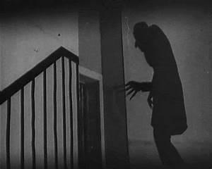 Dr. Theda's Crypt: Nosferatu continued...