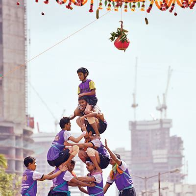 injured  dahi handi festival