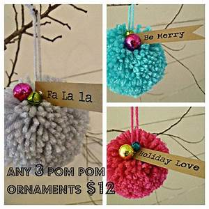 Cheerleader Pompons Basteln : set of 3 pom pom christmas ornaments christmas pinterest christmas christmas ornaments ~ Orissabook.com Haus und Dekorationen