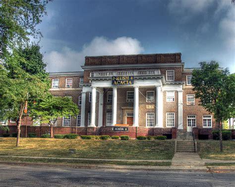 Acacia Fraternity House On University Of Illinois Campus ...