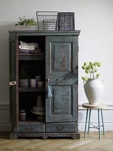 Alte Möbel Streichen Shabby Chic : schrank wohnzimmer shabby chic landhausstil einrichten ~ Watch28wear.com Haus und Dekorationen