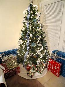 Decorate Christmas Tree With Ribbon - letter of recommendation