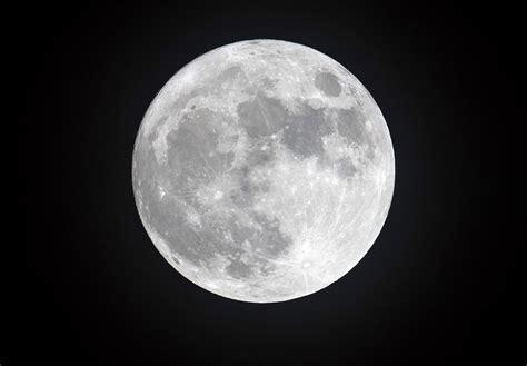 heres     full moon lunar eclipse  comet