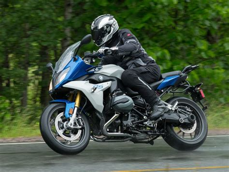 r 1200 rs 2016 bmw r 1200 rs ride review rider magazine