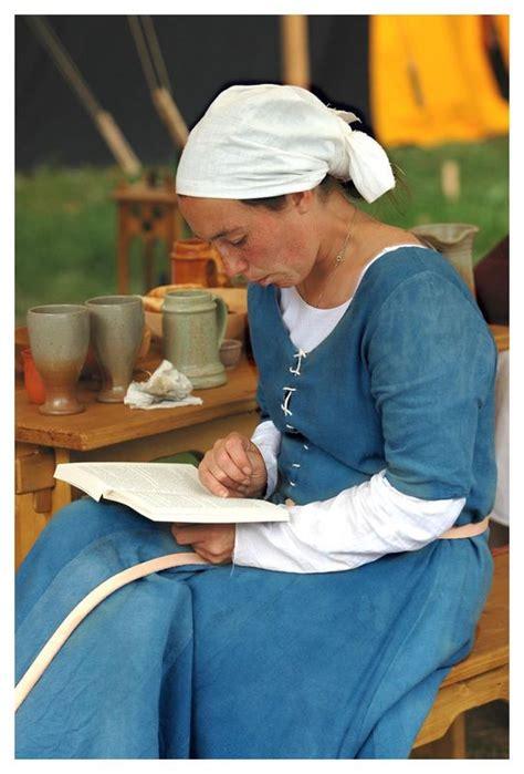 Lesende Frau Foto & Bild  Kunstfotografie & Kultur