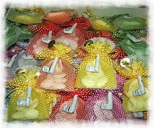 Bomboniere In Ceramica MEZZALUNA Vietri Sul Mare