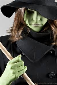Wicked Witch Halloween Costume DIY