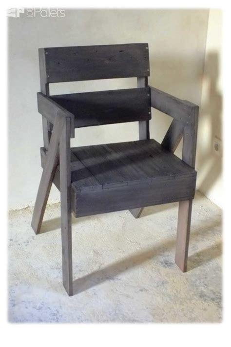 chaise en bois de palette chaise en bois de palette pallet chair 1001 pallets