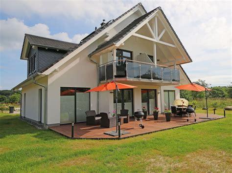 Terrasse Am Haus by Ferienwohnung Im Haus Mit Terrasse R 252 Sellin