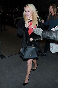HAYDEN PANETTIERE Arrives at Her Hotel in New York 01/05 ...