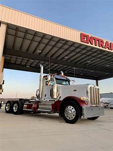 2020 Peterbilt 389 Tandem Axle Day Cab Truck
