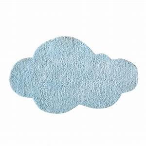 Tapis enfant bleu 60 x 100 cm nuage maisons du monde for Tapis enfant nuage