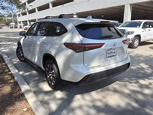 New 2020 Toyota Highlander Xle Sport Utility In San
