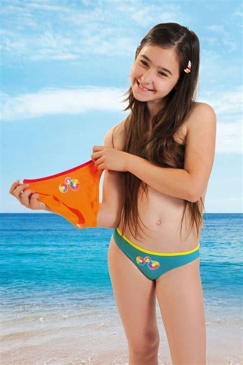 Quot Tara Quot Swimwear Briefs For Girls Lisca E Shop