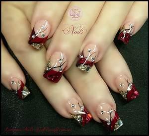 Luminous nails december
