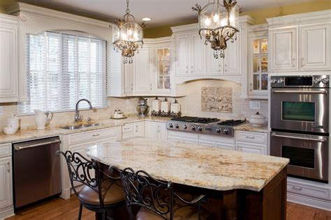 Kitchen & Dining Room: Exotic Marble Island With Cabinets