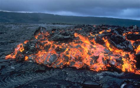 how is lava formed how are rocks formed universe today