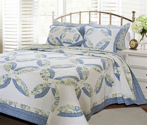 blue wedding ring quilt set