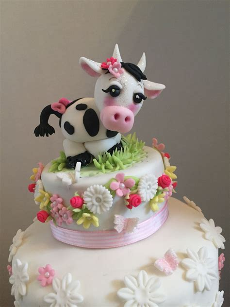 Cowthemed Baby Shower Cake Cakecentralcom