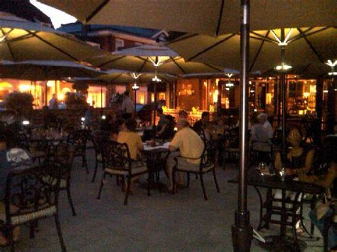 patio at yankee doodle tap room picture of nassau inn