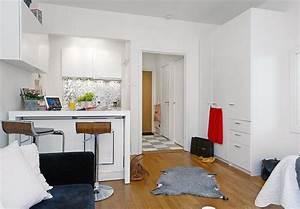 Kleine Weiße Truhe : moderne kleine wei e k che mit mini bar dekoration interieur und m bel ideen ~ Indierocktalk.com Haus und Dekorationen