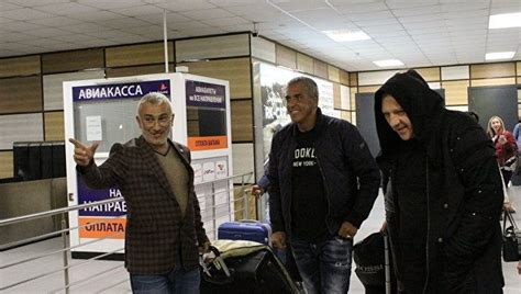 samy naceri ukraine french actor samy naceri visits occupied crimea defying